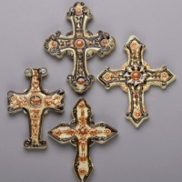 Majolica Crosses