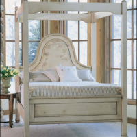 Winter Palace Canopy Bed