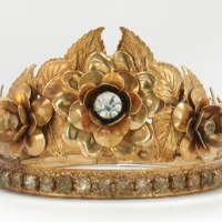 Crown, gold flower