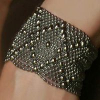 Diamond Mesh Cuff, medium