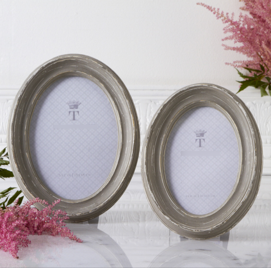 Antiqued Oval Picture Frames