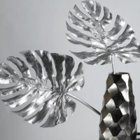 Metal Monstera Leaf, detail