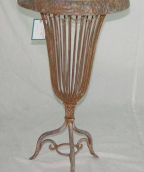 Bell Shaped Iron Plant Holder