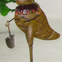 Gardener Cricket Lawn Decor
