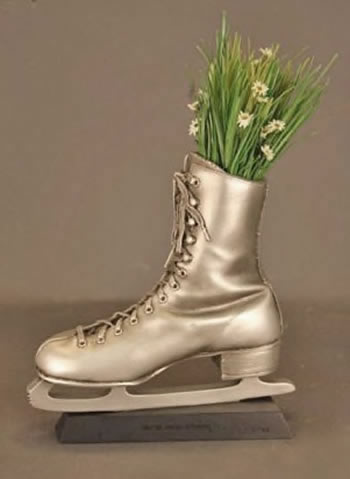 Ice Skate Sculpture:Vase