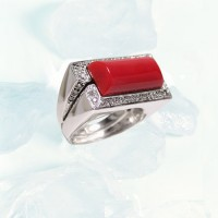 Italian Silver Ring with Inset Coral