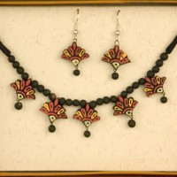 Lily Bloom Terracotta Necklace Set