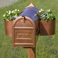 Mailbox Planter, copper