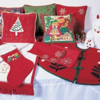 Warm Holiday Decoration Set