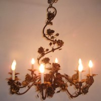 8 Light Roses Chandelier