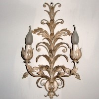 Article 9 Acanthus Leaves Sconce