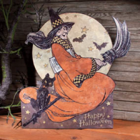 1920s Paper Moon Halloween Display