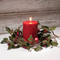 Holly Day Candle Ring