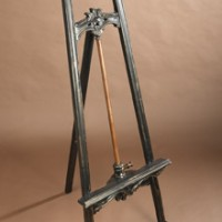 Lovely Display Easel