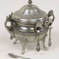 Sugar Pot with Six Spoons